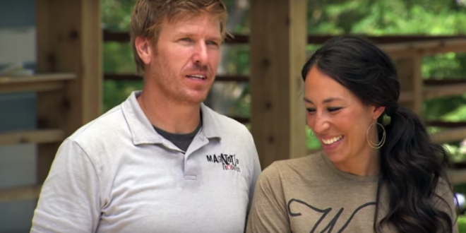 hgtv host and christian chip gaines addresses the marriage controversy sort of black. Black Bedroom Furniture Sets. Home Design Ideas